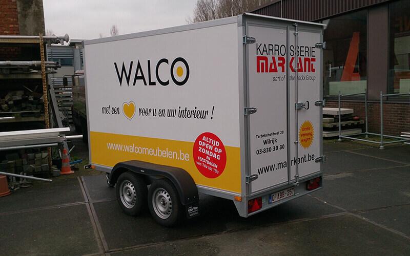 Belettering van een aanhangwagen van Walco